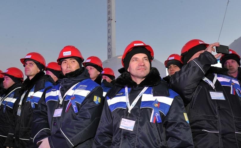 Путин запустил вэксплуатацию газопровод инефтепровод